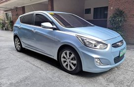 Selling Hatchback Hyundai Accent 2014 Diesel Automatic at 67000 km
