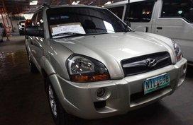 Selling Silver Hyundai Tucson 2009 Automatic Diesel in Manila