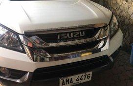 2nd Hand Isuzu Mu-X 2015 for sale in Bantay