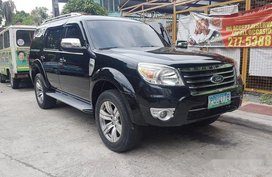 Black Ford Everest 2011 at 70000 km for sale