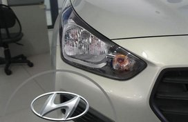 Selling Brand New Hyundai Reina in Malabon