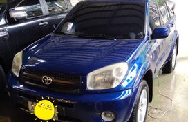 Selling 2nd Hand Toyota Rav4 2004 Automatic Gasoline at 80000 km in La Trinidad