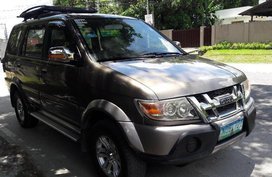 Used Isuzu Crosswind 2010 for sale in Tarlac City