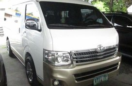 Selling 2013 Toyota Hiace Diesel Automatic in Paniqui