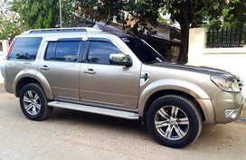 Ford Everest 2013 Diesel Automatic at 69000 km for sale