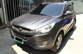Selling 2012 Hyundai Tucson Diesel Automatic at 56000 km