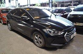 Black Hyundai Elantra 2017 at 25000 km for sale
