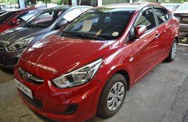 Selling Red Hyundai Accent 2017 Automatic Gasoline at 18000 km in Makati