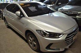 Silver Hyundai Elantra 2017 at 4000 km for sale