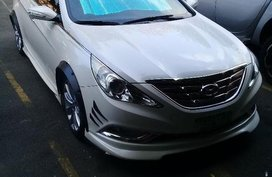Selling 2nd Hand Hyundai Sonata 2011 Automatic Gasoline at 61000 km in Manila