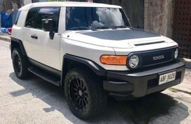 Selling 2nd Hand Toyota Fj Cruiser 2015 in Manila