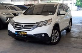 Sell White 2012 Honda Cr-V Automatic Gasoline in Makati