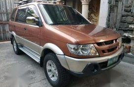 Sell 2nd Hand 2005 Isuzu Crosswind Automatic Diesel at 120000 km in Antipolo