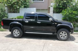 Black 2010 Isuzu D-Max Truck for sale in Cainta