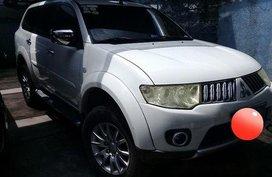 Selling White Mitsubishi Montero Sport 2009 Automatic Diesel at 114000 km in Parañaque