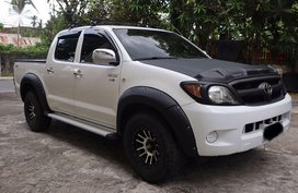 Selling 2nd Hand Toyota Hilux 2009 in Lipa