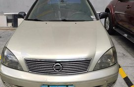 Selling 2nd Hand Nissan Sentra 2009 at 80000 km in Quezon City