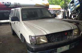 Toyota Hilux 2003 Manual Diesel for sale in Meycauayan