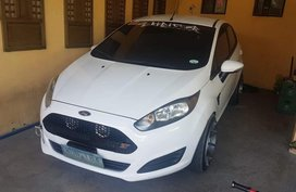 Selling 2nd Hand Ford Fiesta 2014 in Paniqui