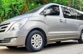 Sell Used 2017 Hyundai Starex at 19000 km in Quezon City