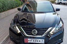 Selling Nissan Altima 2018 at 5496 km in Makati