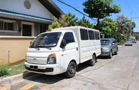 2nd Hand Hyundai H-100 2019 at 20000 km for sale