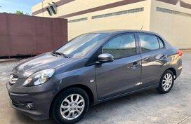 Selling 2nd Hand Honda Brio Amaze 2015 Automatic Gasoline at 10000 km in Cebu City