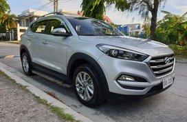 Selling Silver Hyundai Tucson 2017 Automatic Gasoline in Metro Manila