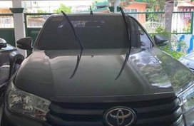 Selling 2nd Hand Toyota Hilux 2016 in Angeles