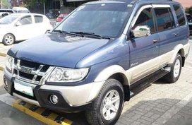 Selling Isuzu Crosswind 2012 at 90000 km in Manila