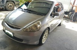 2nd Hand Honda Jazz 2006 at 91000 km for sale