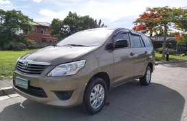 Sell 2nd Hand 2013 Toyota Innova Automatic Gasoline at 70000 km