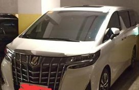 2nd Hand Toyota Alphard 2019 at 300 km for sale