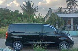 2nd Hand Hyundai Starex 2014 for sale in San Juan
