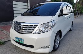 Sell 2nd Hand 2011 Toyota Alphard Automatic Gasoline at 64000 km in Quezon City