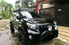 Selling 2nd Hand Toyota Land Cruiser 2013 in Quezon City