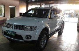 Selling 2nd Hand Mitsubishi Montero Sport 2013 at 52000 km in Makati