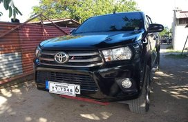 Sell 2nd Hand 2016 Toyota Hilux at 34000 km in Angeles