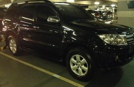 Sell Black 2010 Toyota Fortuner Automatic Gasoline at 110000 km in San Juan