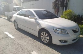 Selling Pearl White Toyota Camry 2007 at 60000 km in Caloocan