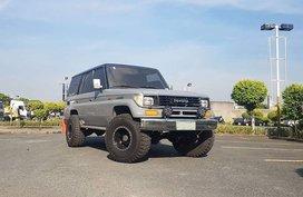 Selling 2nd Hand Toyota Land Cruiser Prado in Pasay