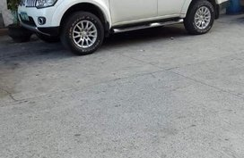 Sell 2nd Hand 2013 Mitsubishi Montero Sport Manual Diesel at 65000 km in Manila