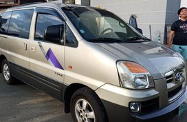 Selling 2nd Hand Hyundai Starex 2005 in Pateros