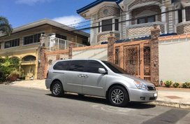 2nd Hand Kia Carnival 2013 at 27367 km for sale in Quezon City