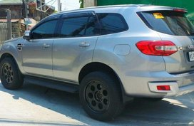Selling 2nd Hand Ford Everest 2017 in Quezon City