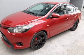 Selling Red 2nd Hand 2015 Toyota Vios at 70000 km