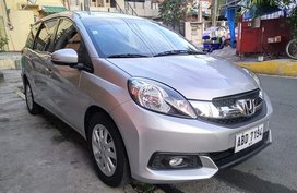 Selling Used Honda Mobilio 2015 at 33000 km in Lucena