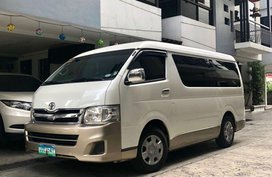 Sell 2nd Hand 2013 Toyota Hiace at 36000 km in Pasig