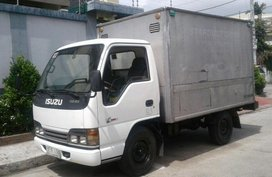 Selling 2nd Hand Isuzu Nhr 2003 Van Manual Diesel at 42000 km in Navotas