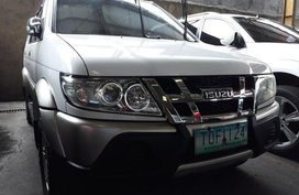 Selling Isuzu Crosswind 2012 Manual Diesel in Quezon City